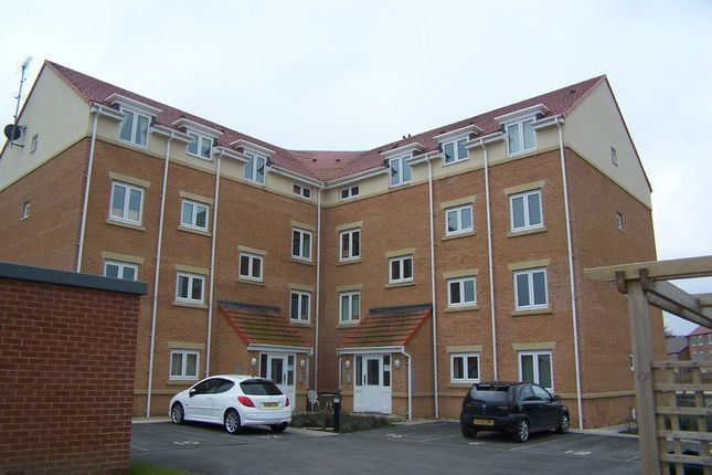 Thumbnail Flat to rent in Elmroyd Court, Green Road, Penistone