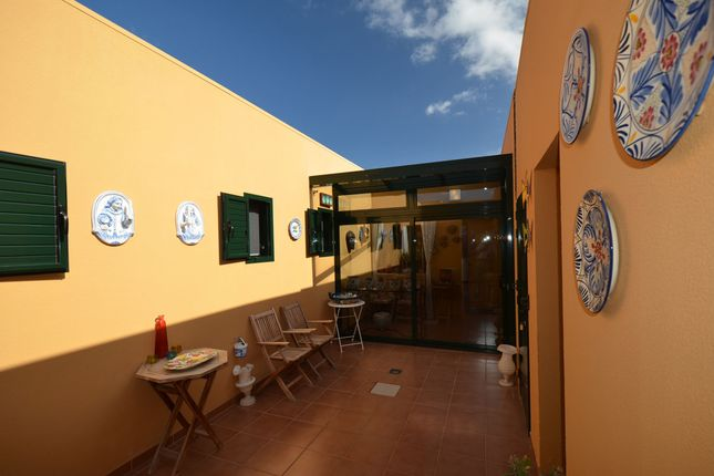 Interior Patio of Drago 9, Corralejo, Fuerteventura, Canary Islands, Spain