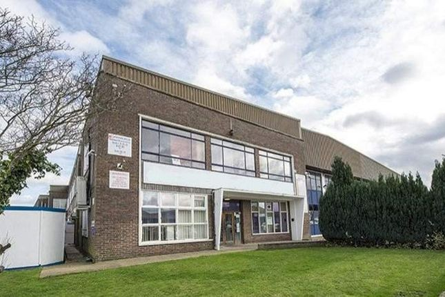 Thumbnail Office to let in Vulcan Way, New Addington, Croydon
