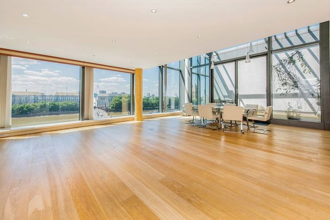 Thumbnail Flat to rent in Parliament View Apartments, 1 Albert Embankment, London
