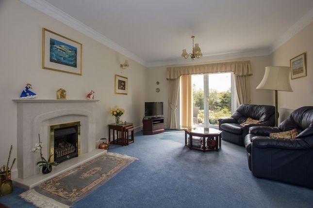 Photo 17 of Cliffside, Penarth CF64