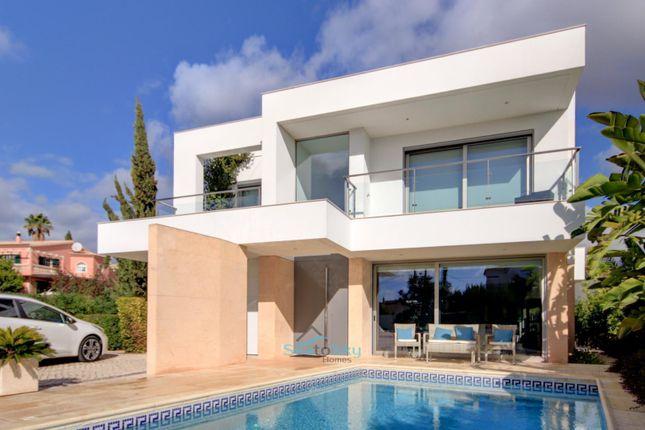 Stunning Contemporary Villa