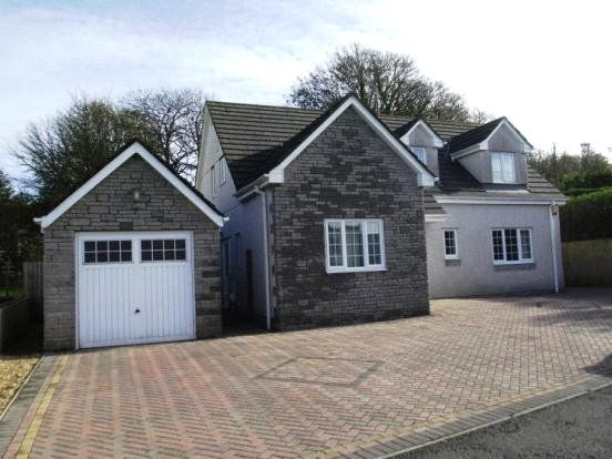 Thumbnail Detached house for sale in Coldstyle Road, Liskeard, Cornwall