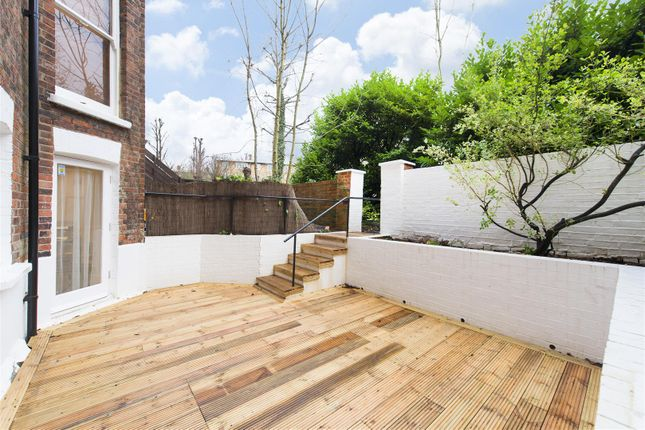 Thumbnail Property for sale in Fairhazel Gardens, London