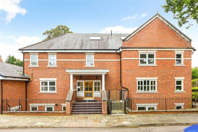 2 bed flat for sale in Styal Road, Wilmslow, Cheshire SK9