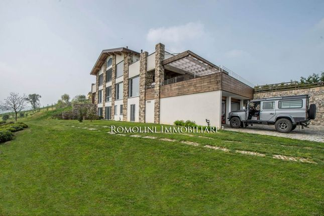 3 bed villa for sale in Felino, Emilia-Romagna, Italy