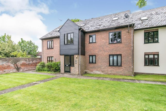 Thumbnail Flat for sale in Oxford Place, Earls Colne, Colchester