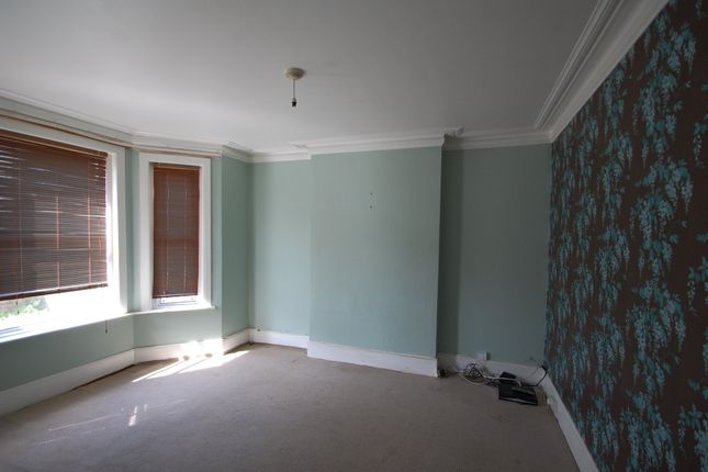 Thumbnail Terraced house to rent in Canterbury Road, Worthing
