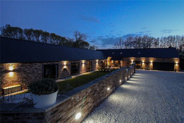 5 bed detached house for sale in Kingsfield Farm, Barnoldby Le Beck DN37