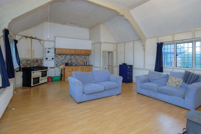 Lounge Area of 6B Sunnycroft, Princes Avenue, Llandrindod Wells LD1