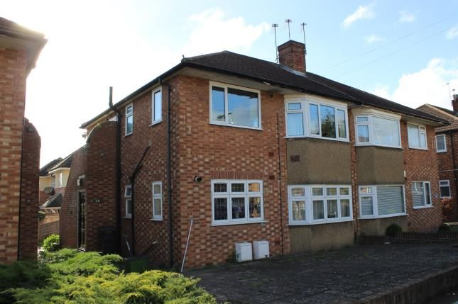 2 bed maisonette for sale in Hainault, Ilford, Essex