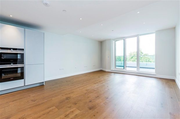Thumbnail Flat for sale in Altissima House, Two Bedroom, Chelsea Bridge Wharf