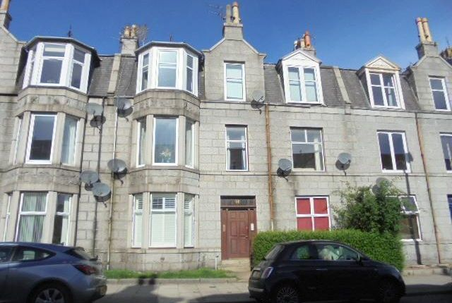 Thumbnail Flat to rent in 112 Union Grove, First Floor Right, Aberdeen