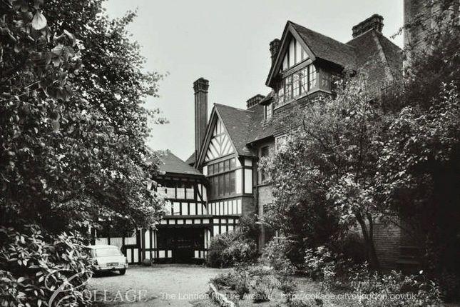 Picture No. 23 of The Close, Heath Lane, Blackheath, London SE3