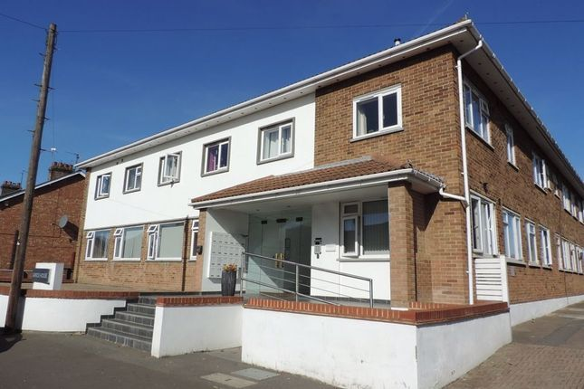 1 bed flat to rent in Garrick House, Fletton PE2