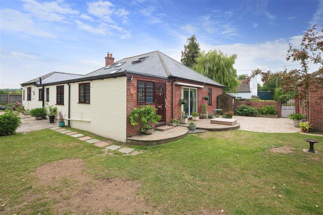 Annexe of The Hollies, Lower Road, Staple CT3