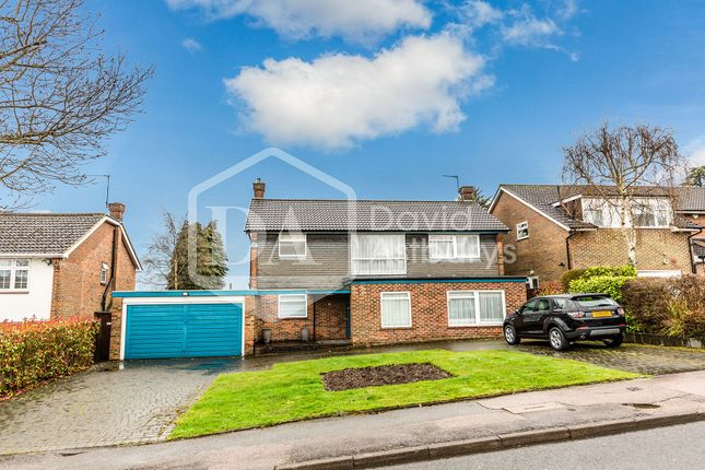 Thumbnail Flat to rent in Quinta Drive, Arkley, Barnet