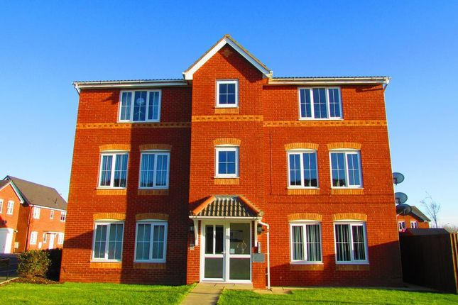 Thumbnail Flat to rent in Tennyson Drive, Blackpool, Lancashire