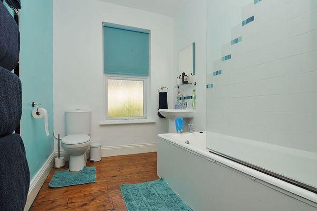 Bathroom of Edith Avenue, Plymouth PL4