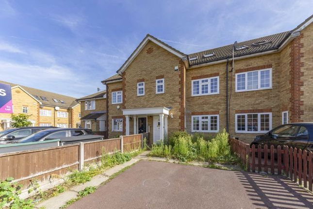 Thumbnail Property to rent in Veals Mead, Mitcham