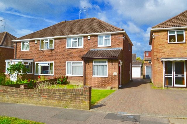 Thumbnail Terraced house to rent in Herrick Close, Pound Hill