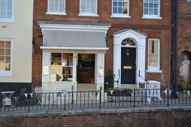 Thumbnail Restaurant/cafe for sale in 8 High Street, Alton
