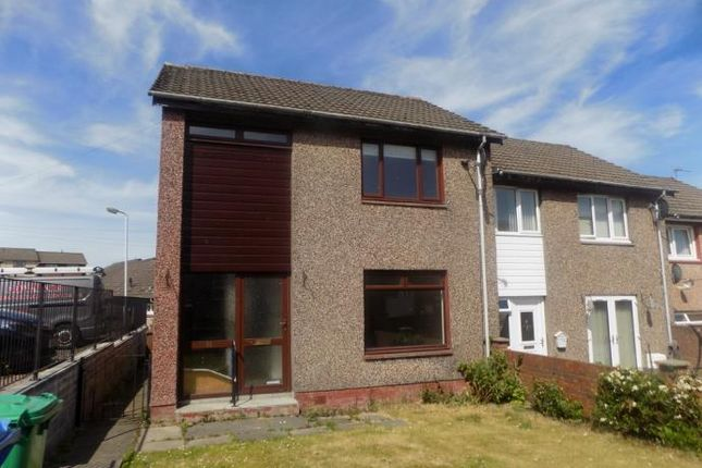 2 bed flat to rent in Park Road, Cowdenbeath KY4