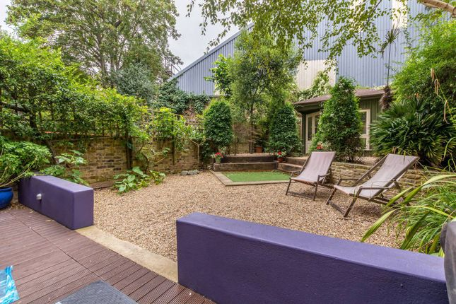 2 bed flat for sale in Sutherland Avenue, Maida Vale