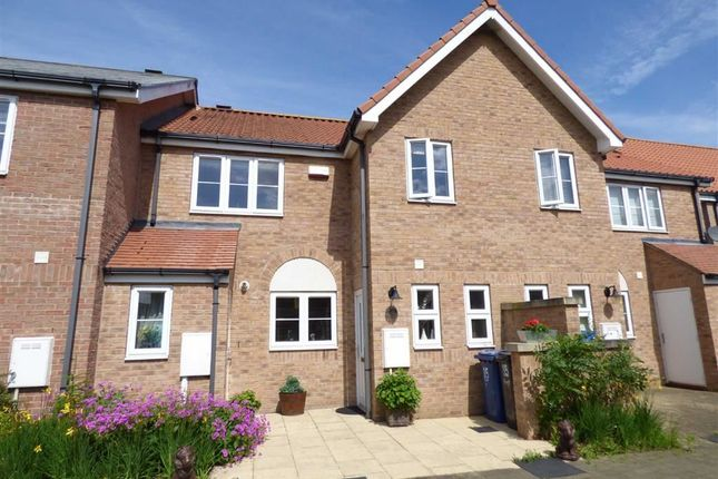 Thumbnail Property for sale in Ellison Quay, Burton Waters, Lincs