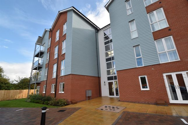 Thumbnail Flat for sale in The Lane, Worcester