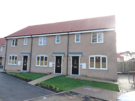 Thumbnail Terraced house to rent in Aster Close, Red Lodge