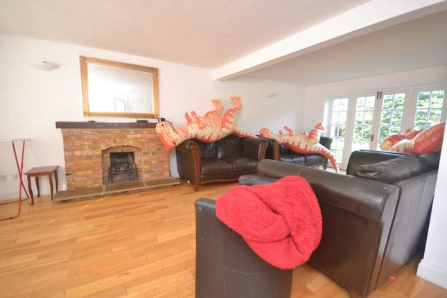 Thumbnail Detached house to rent in Lacewood Gardens, Whitley, Reading