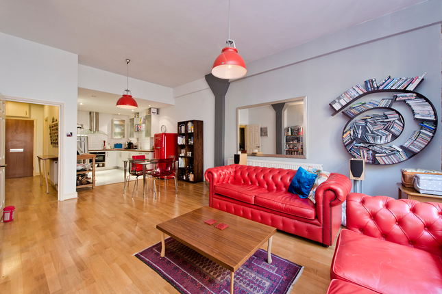 1 bed flat for sale in 20 The Highway, London