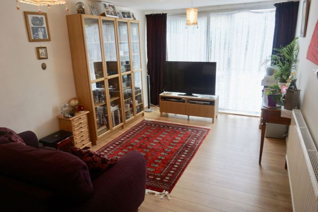 Living Room of Tiptree Crescent, Clayhall, Ilford IG5