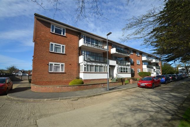 Thumbnail Flat to rent in Calthorpe Gardens, Edgware HA8, Greater London