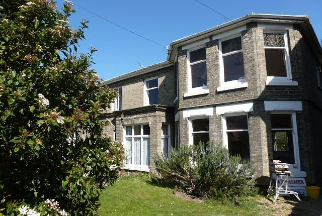 Thumbnail Flat to rent in Mount Pleasant, Norwich