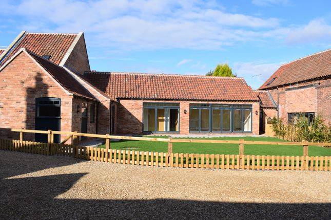 Thumbnail Barn conversion for sale in Newcastle Street, Tuxford, Newark