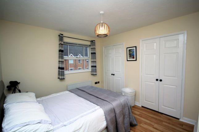 Thumbnail Flat to rent in Royal Court Drive, Bolton