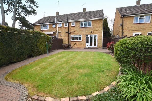 3 bed semi-detached house for sale in Woodgreen Avenue, Banbury OX16