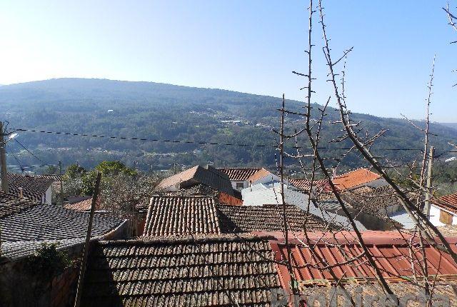 Thumbnail Country house for sale in Luzenda De Além, Góis (Parish), Góis, Coimbra, Central Portugal