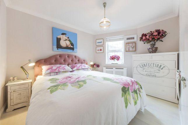Thumbnail Flat for sale in Macklin House, 1-7 Macklin Street, London