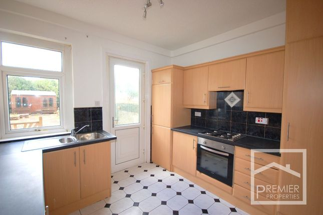 Kitchen of Kenilworth Drive, Airdrie ML6