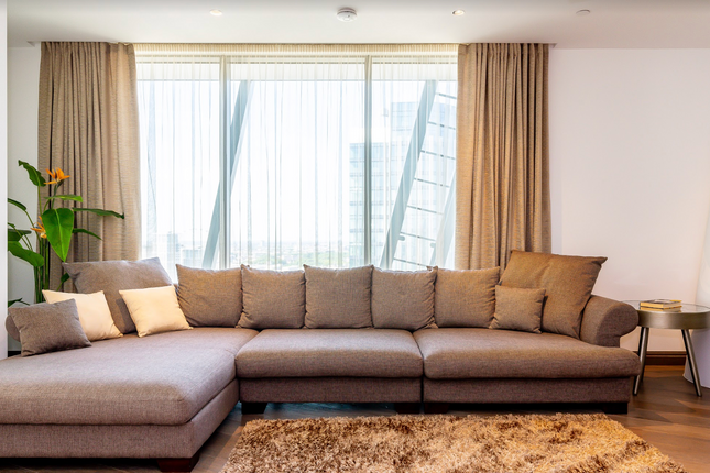Thumbnail Flat to rent in One Blackfriars Road, London
