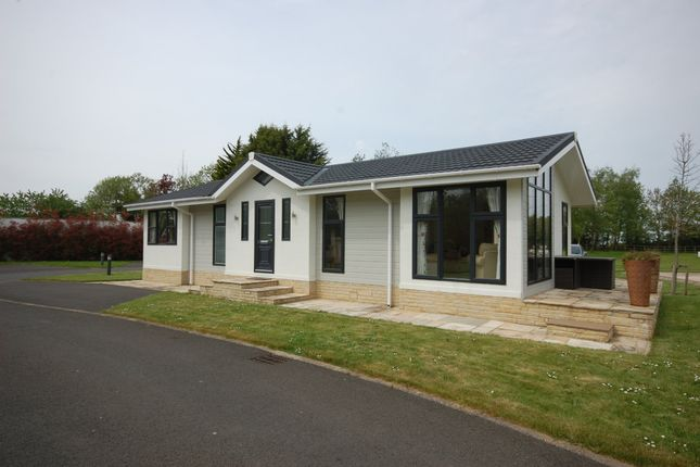 Thumbnail Detached bungalow for sale in Hutton Rudby, Yarm