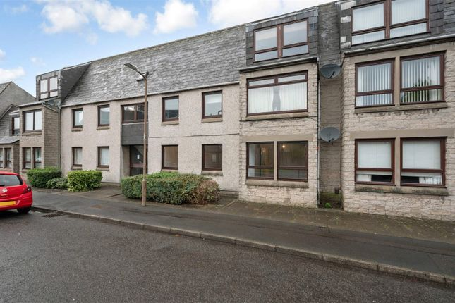 3 bed flat for sale in Church Place, Falkirk, Stirlingshire FK2