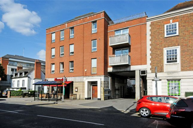 2 bed flat for sale in The Oaks Square, Epsom, Surrey