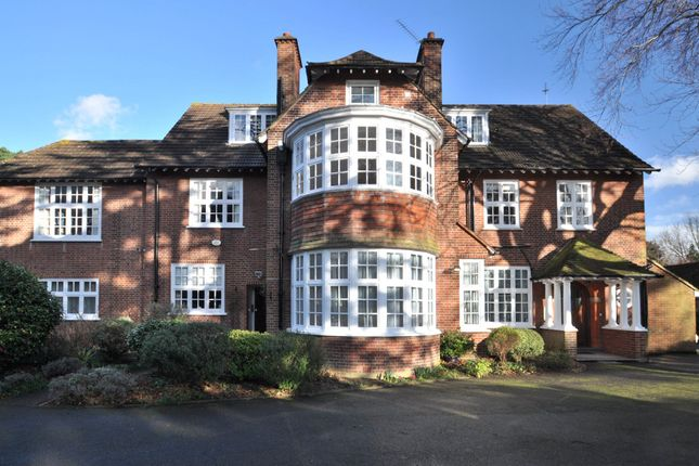 Thumbnail Flat for sale in Pines Road, Bickley, Kent