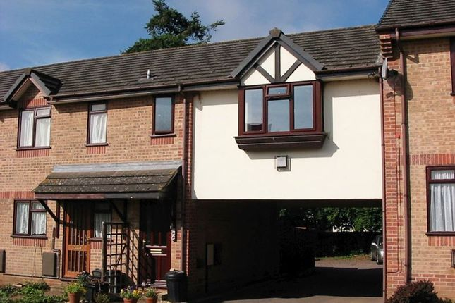 Thumbnail Flat to rent in Clare Drive, Tiverton