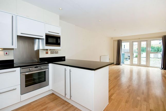 Thumbnail Terraced house to rent in Woodbridge Street, London