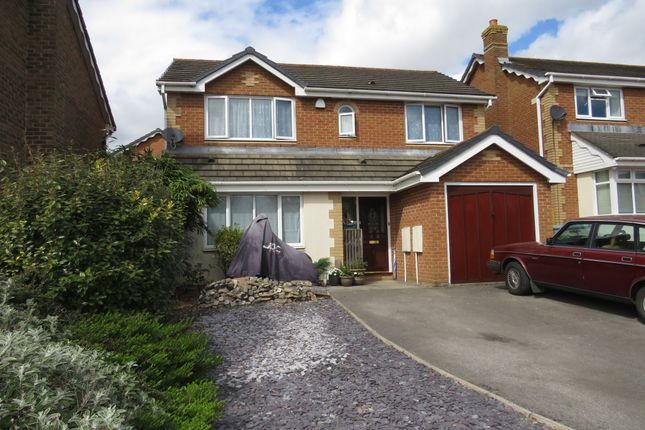 4 bed detached house for sale in Kingfisher Close, Bradley Stoke, Bristol BS32